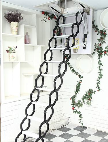 伸缩型楼梯