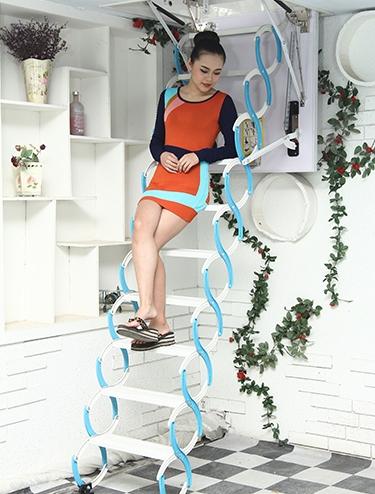 隐形阁楼楼梯