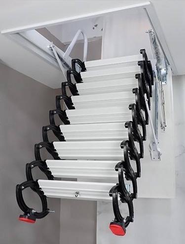 小型阁楼伸缩楼梯厂家简述伸缩楼梯洞口的要求