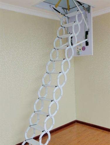 全自动阁楼伸缩楼梯怎么使用?